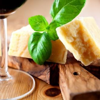 Пресен босилек и пармезан - черешката на италианската кухня